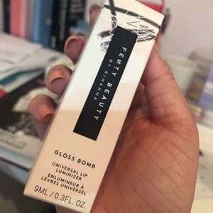 NEVER USED Fenty Beauty Diamond Milk Gloss Bomb